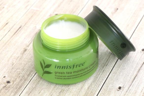 green tea moisture cream 1