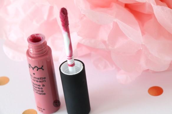 rouge à lèvre printemps 01